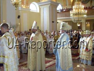 Три дня на Закарпатье вместе молятся Епископы из 15 стран