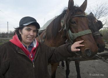"""Ілона Балог (""""Моніка"""") є першою баронесою в ромському таборі у Чопі"""