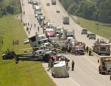 Девять человек погибли в крупном ДТП в США