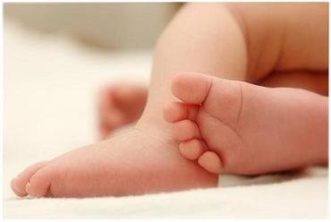 Причини смерті 3-місячної дівчинки з'ясовують на Закарпатті