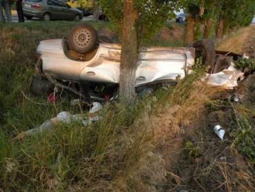Виновник ДТП, в котором погибли 3 человека, сбежал с места аварии