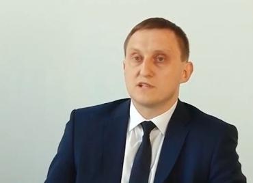 Начальник Закарпатської митниця Василь Симчера.