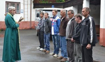 Сімох мешканців Тячівського району забрали в армію