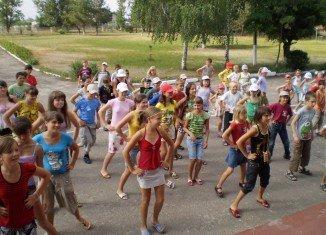 108 дітей віком від дев'яти до чотирнадцяти років приїхали до Мукачева з Києва.