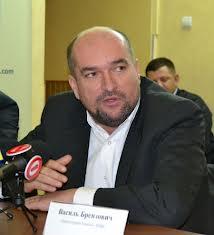 Брензович додав, що KMKSZ офіційно протестуватиме проти безаконня на Закарпатті