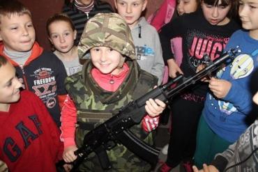 Закарпатські бійці ДУКу відвідали школярів Березнянщини
