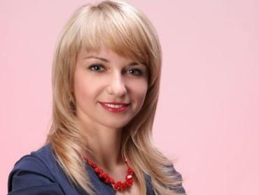 Переобраний директор Ужгородського коледжу культури Наталія Шетеля