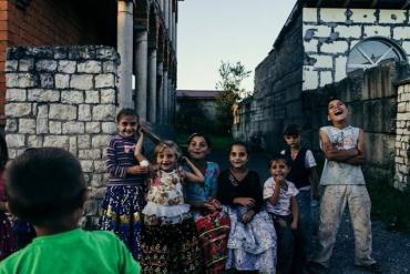 Ромські проблеми: безгромадянство та неграмотність