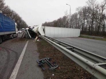 Карколомна аварія на трасі «Київ-Чоп»