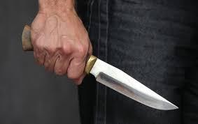 Сімейний дебош на Мукачівщині закінчився ножем у нозі