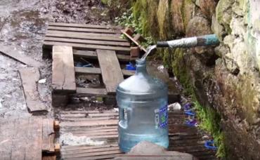 Закарпаття. Смачна вода у Сімері є дійсно коштовною