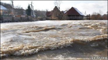 На Закарпатті підбивають перші підсумки руйнівної повені