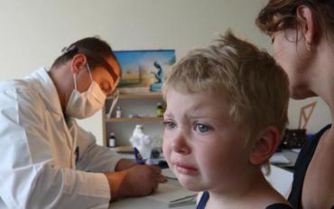 Инфекции кори массово косит детей в школах та детсадах