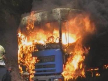 В Словакии водитель камиона заживо сгорел в кабине