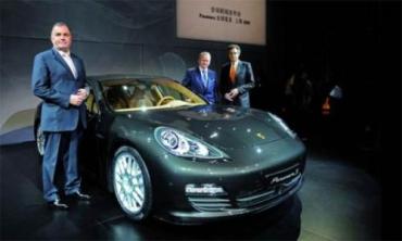 Спортивный Porsche Panamera