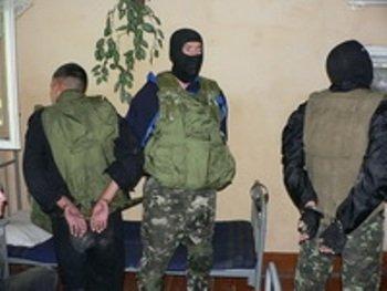 """Террористы """"захватили"""" военный объект"""
