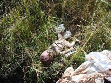 В Черкассах мама родила ребенка, завернула в пакет и выкинула