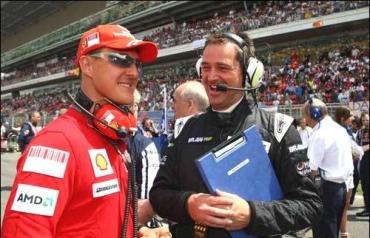 Шумахер готов рассмотреть возвращение за руль