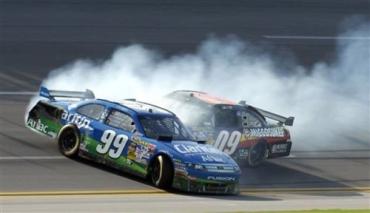 Бешеные гонки NASCAR в Америке