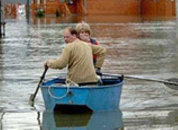 Польдер, одамбована територія зі шлюзами, захищатиме села від паводків