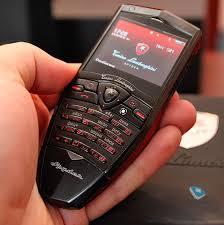 Кнопочные телефоны вновь обретают популярность