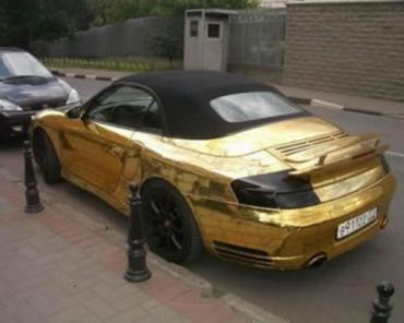 """В столице России угнали золотой """"Porsche"""" стоимостью около 20 миллионов рублей"""