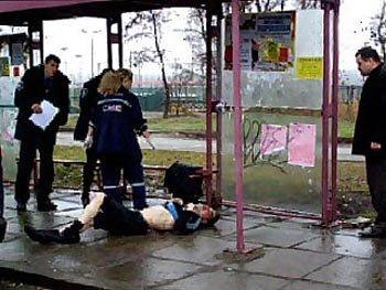 Водитель маршрутки сбил пьяного пассажира и оставил его умирать на остановке