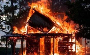 В Стебливке человек сгорел в своем доме