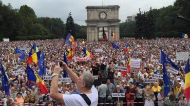 Украинцы только начинают евроинтеграцию, а молдоване ее уже заканчивают....