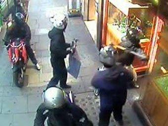 Грабители унесли из лондонского магазина драгоценности на 2 млн. фунтов