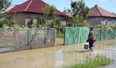 Из-за размыва дамбы подтоплена автодорога Львов – Самбор