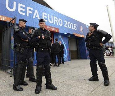 Во Франции полиция изъяла весь алкоголь у российских фанатов
