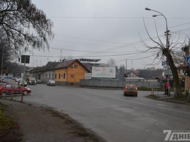 На улице Анкудинова пешеходам приходится непросто