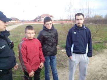 Три грабителя, среди которых оказалось двое несовершеннолетних