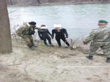 Документов при себе «плавники» не имели, но являются гражданами Украины