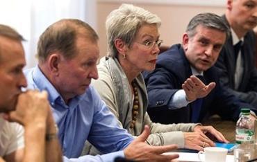 На встрече в Минске велась дискуссия о местных выборах и  устройстве Донбасса