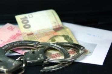 Таможенников «Лужанки» «взяли на горячем» во время получения взятки