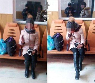 Патрульные во Львове нашли девушку, которая ушла из дома в Ужгороде
