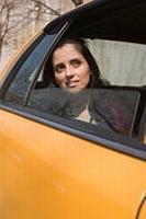 """Сутенер """"на колесах"""" подыскивал проституткам клиентов"""