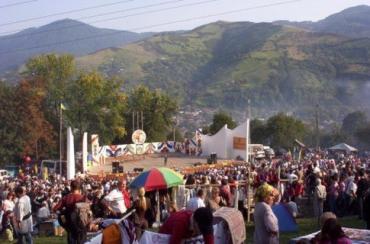 В течение года в Закарпатье проходит 160 различных фестивалей