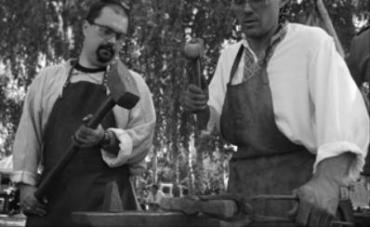 Во время Дня кузнеца в Пирогово мастера показывали настоящий класс