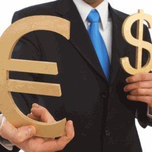 На межбанке цены на валютную пару евро-доллар упали