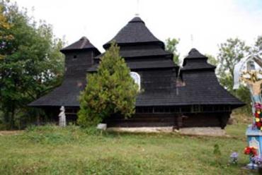Церква св. Архистратига Михаїла в с. Ужку Великоберезнянського району