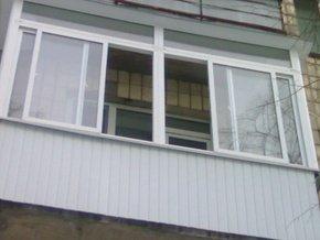 Ужгородец выпрыгнул из окна четвертого этажа