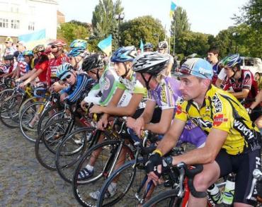 Велопробіг стартував в Ужгороді