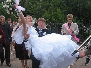 20.10 2010 года немногие решили пожениться в Закарпатье