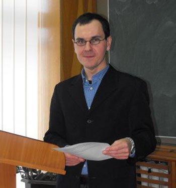 Координатор Программы исследовательских стипендий Карнеги Алексей Харламов