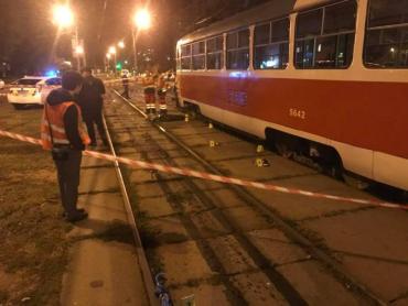 Трамвай задавив киянку з дитиною