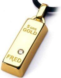 Москвичи ходят по столице со слитками золота