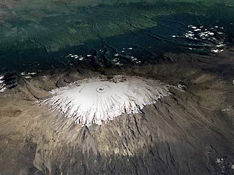 Последнее извержение Килиманджаро произошло около 100 тысяч лет назад